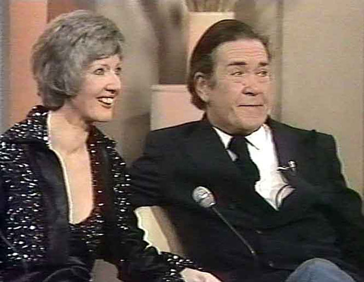 Peter BUTTERWORTH 5 March 1975. Best known for his many appearances in the Carry On films, the actor was surprised by Eamonn while out shopping with his ... - peterbutterworth2